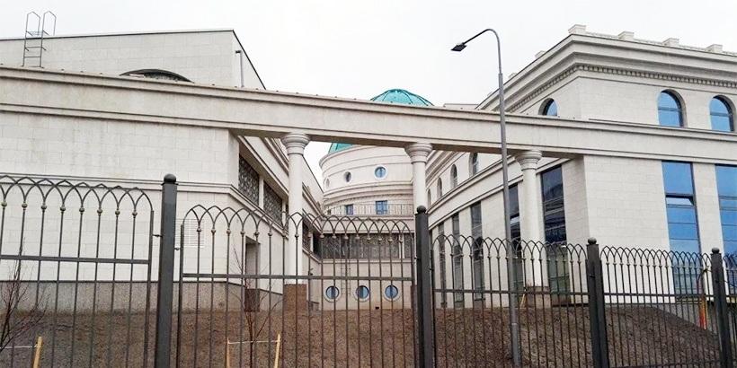 Бухгалтер посольства Казахстана в Белоруссии подозревается вхищении