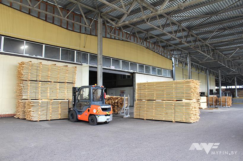 Сколько платят борисовчанам на производстве мебели для IKEA и заводе медпрепаратов 11