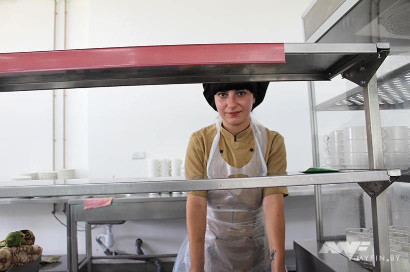 Сколько платят борисовчанам на производстве мебели для IKEA и заводе медпрепаратов 15