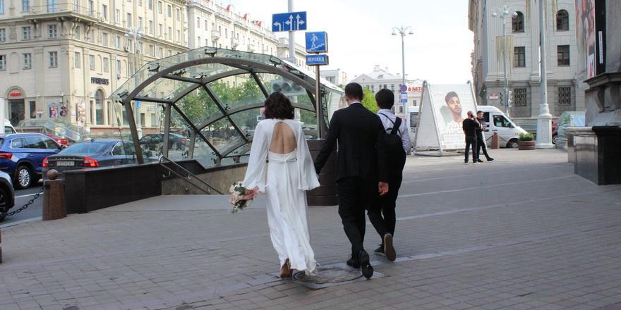 Сколько стоит организовать свадьбу в Беларуси? С агентством и самому