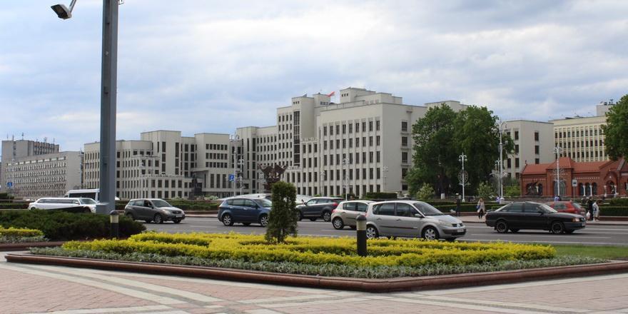 Сколько Беларусь должна внешним и внутренним кредиторам. Одной картинкой
