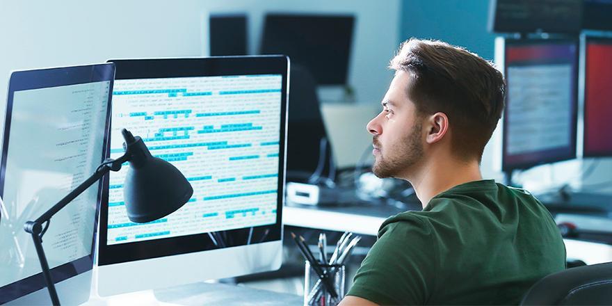 От работы с персоналом до облачных сервисов: как компаниям защитить свою информацию