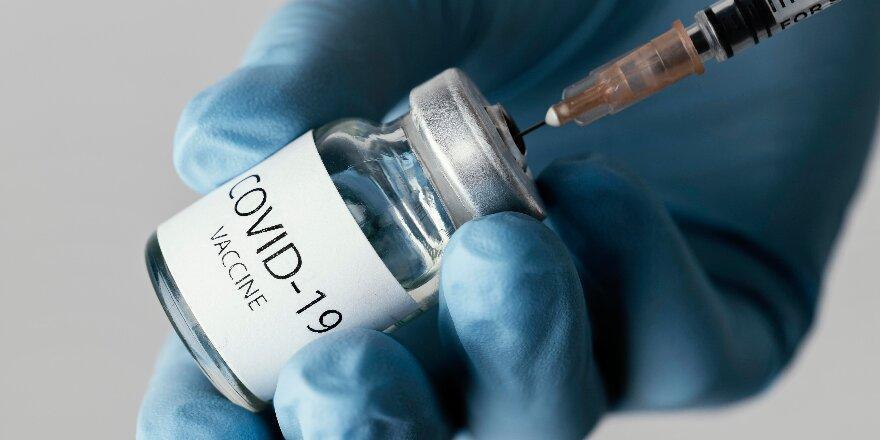 В Нью-Йорке будут платить по $100 за прививку от COVID-19. А где еще платят за вакцинацию?
